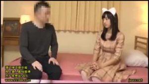 【コスプレエロ動画】可愛い猫耳の美少女がガチ童貞を筆おろし!