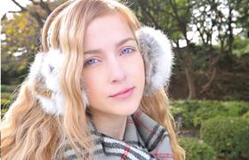 【コスプレエロ動画】外人美少女がJKの格好したら可愛すぎwwww