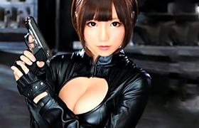 【コスプレエロ動画】黒スーツに実を包んだ女捜査官が媚薬で痴女にwww