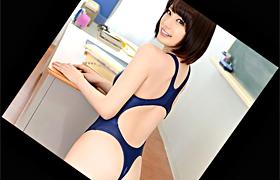 【コスプレエロ動画】桁違いにエロい変態スク水姿の美少女が3P!