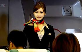 【コスプレエロ動画】美しい巨乳CAが機内で陵辱されてしまう...